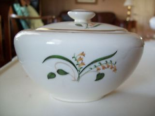 FORSYTHIA Edwin Knowles sugar bowl with lid