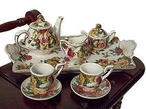 CHINA 18 DOLL TEA SET FOR AMERICAN GIRL DOLLS IN KEEPSAKE BOX AR