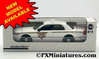HIGHWAY PATROL USA FORD CROWN VICTORIA GREENLIGHT CUSTOM 1/64 SCALE