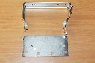 SCOTT PAPER COMPANY Toilet Paper Roll Holder Kit w/ Adapter Plate