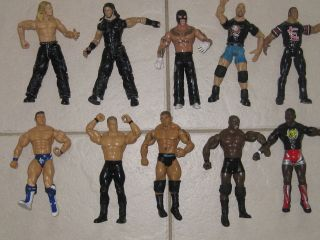 WWE WRESTLING FIGURES (11)   LOADS LISTED   £3 EACH OR 2 FOR £5