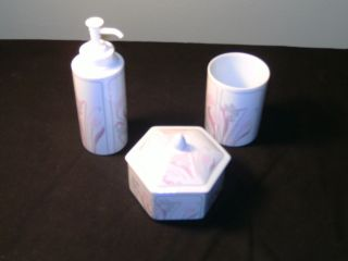 BATHROOM PORCELAIN VANITY SET SOAP DISPENSER COMPOTE AND DRINKING CUP