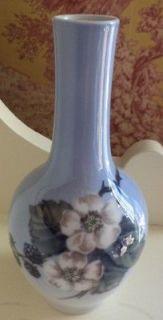 Royal Copenhagen Porcelain Bud Vase Blackberries Blue 5.5 No box