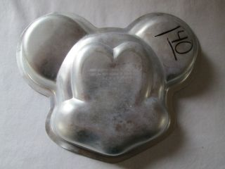 collectible walt disney mickey mouse cake pan mold returns accepted