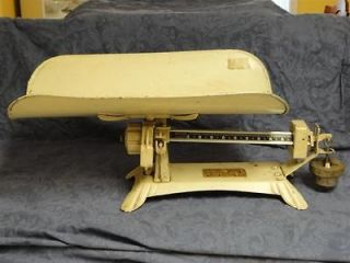 1941 DETECTO Baby Scale w/Original (2) 10lb. weights by Jacob Bros