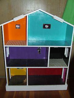 monster high doll house custum doll house barbie doll house ooak HUGE