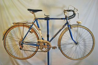 Vintage 1970s Peugeot UE 8 700C road racing bike Randoneur blue