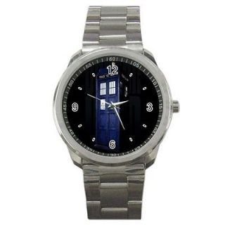 NEW DOCTOR WHO PHONE CALL BOX POLICE LOGO SPORT METAL WATCH FIT YOUR T