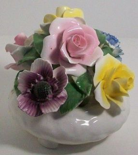 BONE CHINA ENGLAND PRETTY 4 COLLECTIBLE FLOWER SCULPTURE FIGURE