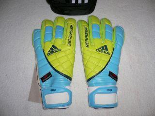 Adidas Response Pro Motion Arrester Goalie Glove   NIB   msrp $125