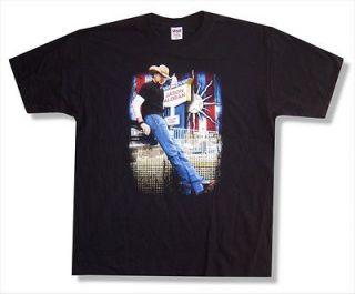 ALDEAN   STANDING PHOTO 2008 TOUR DARIEN LAKES T SHIRT   NEW ADULT M