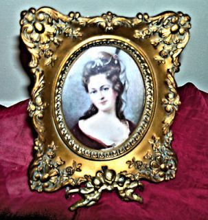 CAMEO CREATIONAnna Louise de Bourbon By Nicholas Largelliere
