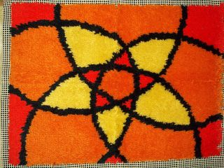vintage latch hook rug geometric design 20 x 27 time left $ 18 99 buy