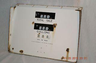 vintage wayne porcelain gas pump face plate