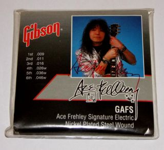 Ace Frehley KISS hand sign Signature Gibson Guitar Strings 1995 Mint