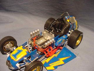 AL UNSER # 1 GMP JOHNNY LIGHTNING VINTAGE DIRT CHAMP RACE CAR 1:18