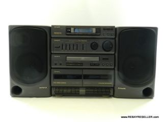 Aiwa CA DW550U Carry Component Stereo System Excellent