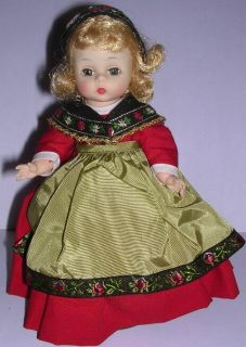 Sweden Madame Alexander Doll Bent Knee Wendy Ann Face