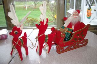 Vintage 50s Christmas Santa Sleigh Reindeer Decoration Centerpiece