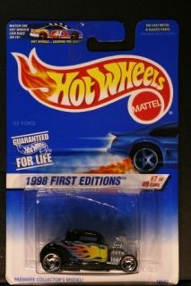 Hot Wheels COLLECTOR 636 32 FORD BLUE CAR ON CARD