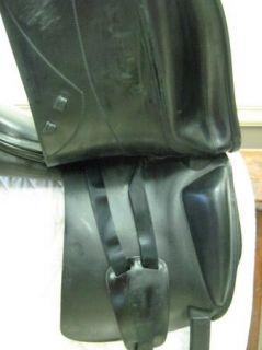 Amerigo Pinerolo Alto Dressage Saddle   17.5