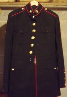 United States Marine Dress Blues Uniform   Jacket, Pants, Belt.