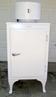 GE Monitor Top Antique Refrigerator Works Vintage Appliance