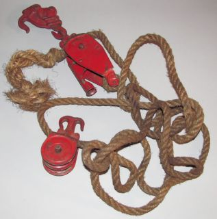 Vintage Durbin Durco Old Cast Iron & Rope Pulley Fence Stretcher Farm
