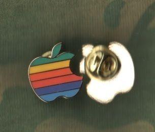 Collectors Vantage Apple Computer Rainbow Color Logo Pin 3 4 in Good