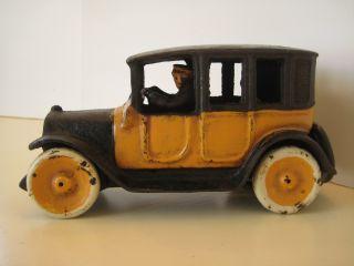 arcade cast iron taxi cab