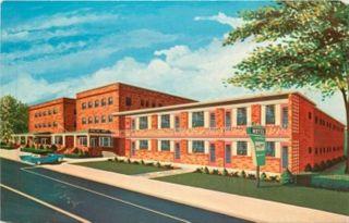 ATLANTIC CITY, NEW JERSEY Carolina Crest Hotel & Motel POSTCARD