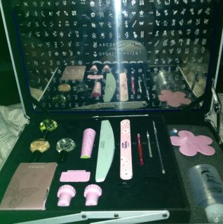 Konad Nail Art Stamping Kit Pro Professional Salon Case 1