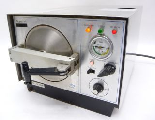 healthcare lab life science lab equipment autoclaves sterilizers