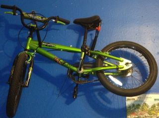 Avigo 18 inch One Eight BMX Bike Boys ZCL