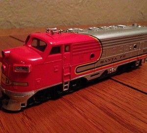 Bachman SANTA FE engine 307 HO SCALE model train