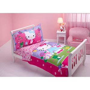 Hello Kitty   Springtime Friends 4 piece Toddler Bedding Set