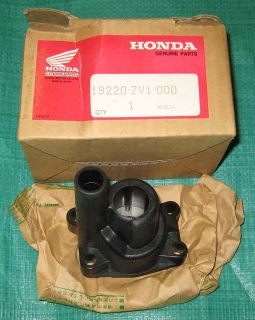 New Water Pump Housing Genuine Honda 50 HP Outboard 19220 ZV1 000