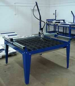 IPLASMA 4x4 CNC Plasma Cutting Table w/Stainless water pan