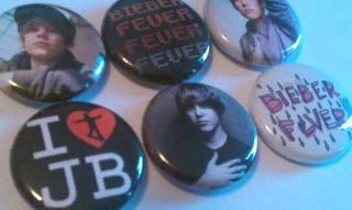 6x Justin Bieber SET ONE Buttons Badges shirt pins pinbacks NEW