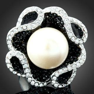 ARINNA B w Swarovski Crystals Pearl Gold GP Finger Ring