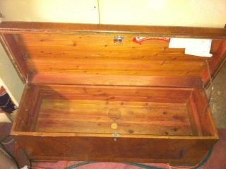 1951 Lane Altavista VA Cedar Hope Chest 47x18x22