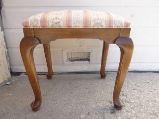 ethan allen circa 1776 queen ann foot stool ottoman bench 218