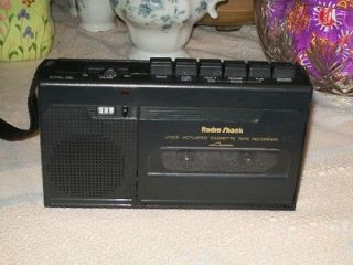 SHACK VOICE ACTIVATED CASSETTE TAPE RECORDER AND PLAYER MODEL CTR 76