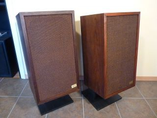 Acoustic Research AR 2X   Refurbished Classic Speakers   Refoamed