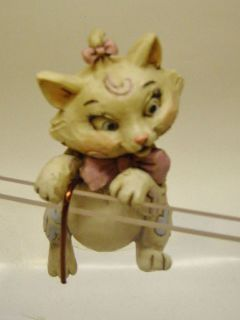 Jim Shore Heartwood Creek / Disney   Pot Hanger   Marie   Aristocats