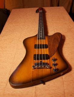 Gibson USA Thunderbird IV Bass Guitar w OHSC