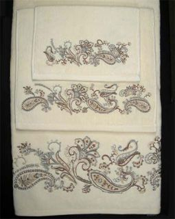Cipresi Savina Croscill Embroidered Paisley Bath Towel