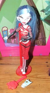 1st Wave Mattel Monster High Dead Ghoulia Yelps Doll Mint NO BOX