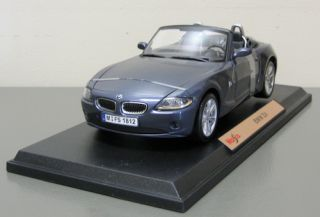 BMW Z4 Diecast Model Car Maisto 1 18 Scale Dark Gray