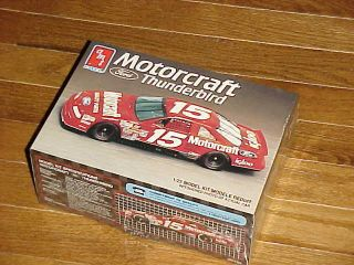 Nascar 1 25 Geoff Bodines 15 Motorcraft T bird plastic model kit AMT
